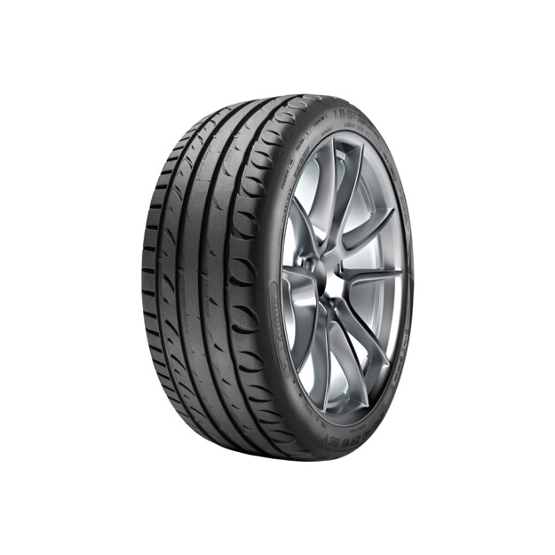 Picture of TAURUS 215/40 R17 ULTRA HIGH PERFORMANCE 87W XL